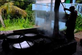 Čisté látky sa musia vytiahnuť z vriacej vody palicou