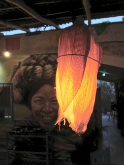 El Canaston - kukuričná lampa